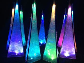 4 meter colour change light sculpture