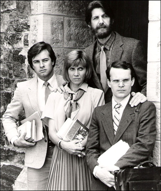 Cast of Echoes in the Darkness on set at the Humber cottages, 1987. © New World Television