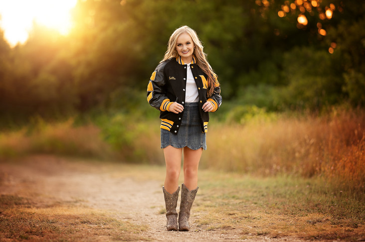 Callie | Senior Photos at Adriatic Village | SBVA Snaps Photography