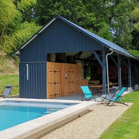 Piscine et Préau - pool house