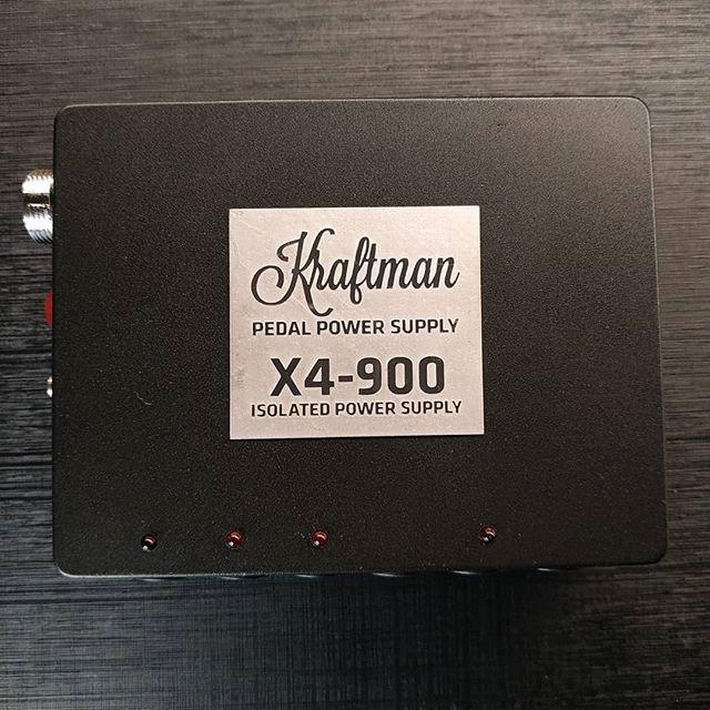 X4-900