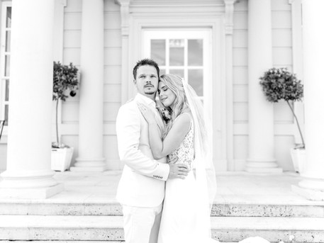 Buxted Park Romantic Italian Styled Shoot