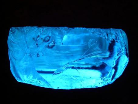 حجر التوباز Topaz Stone