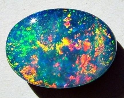 حجر الأوبال Opal Stone