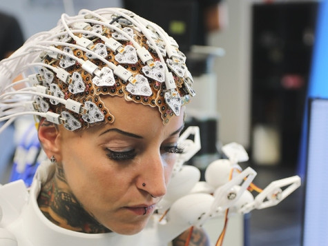 Where Neurotechnology meets Fashion-Tech.