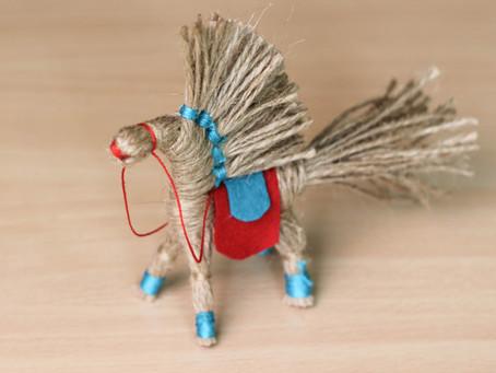 Jute rope horse DIY