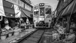 Maeklong Railway Market / Thailand