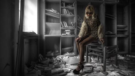 Lost Place mit Jana
