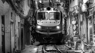 Street Train in Hanoi