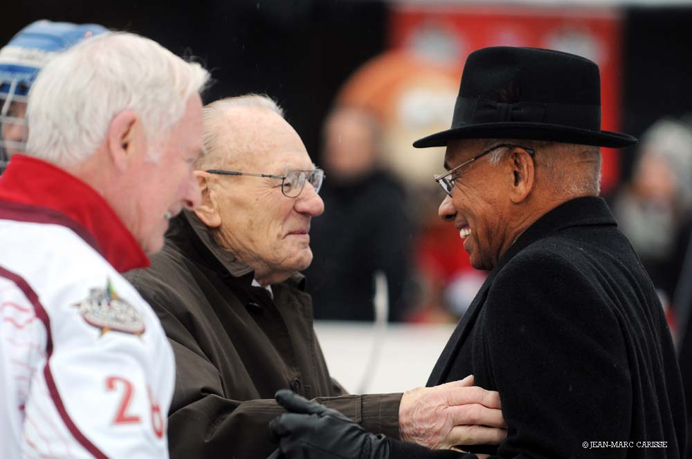 Johnny_Bower,_Willie_O'Ree,_photo_©_J.M._Carisse_2012_GG_Johnson