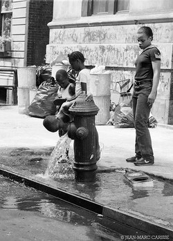 New_York_summer_in_the_city,_©_Jean-Marc_Carisse_c.1982