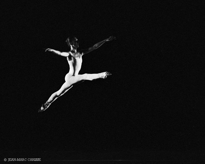 London_Contemporary_Dance_Theatre,_photo_©__Jean-Marc_Carisse_1980s_