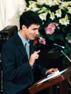 Trudeau,J.,Funeral ©J.M.Carisse 2000