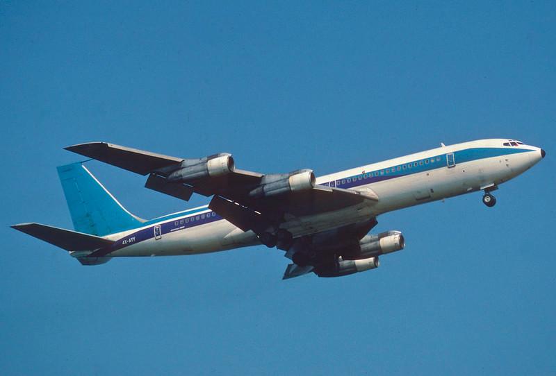 Sun d'Or International Airlines (El Al) Boeing 707-358C; 4X-ATY in the air