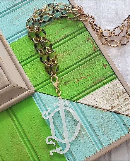 Tortoise and pearlescent necklace set