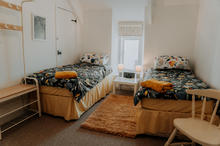 Hamilton Lodge Fishguard - Twin Bedroom