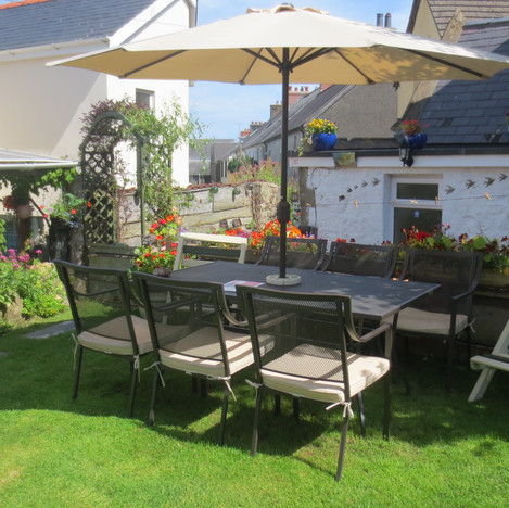 Hamilton Lodge Fishguard Pembrokeshure Holiday Home Private Garden