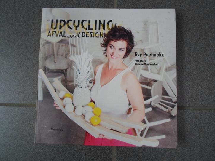 ReLove Upcycling.jpg