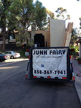 We go above and beyond to maximize space to remove your junk, San Diego