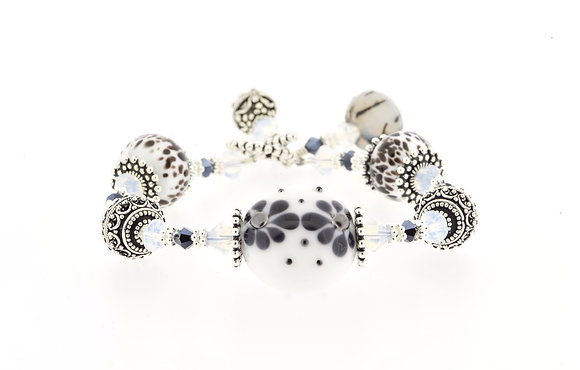 Damask Bracelet-White