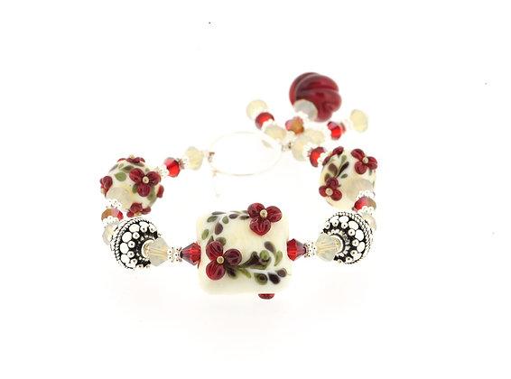 Victorian Secret Bracelet-Cream