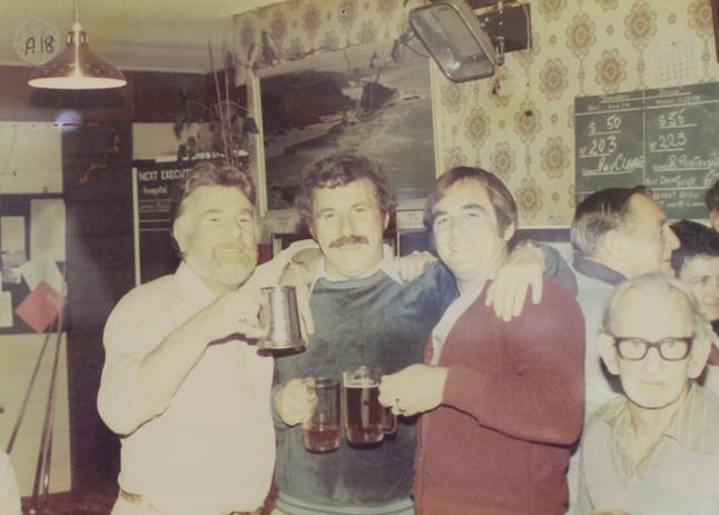 club_old_bar_02.jpg