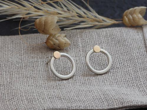 ELLI CIRCLE STUD EARRINGS