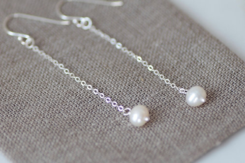 FRESHWATER PEARL CHAIN DROP