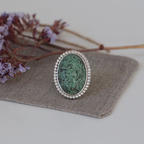 AFRICAN TURQUOISE GEMSTONE RING - SIZE 7
