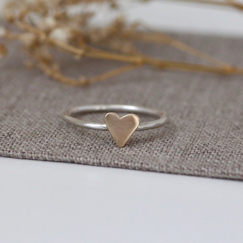 LITTLE GOLD HEART RING