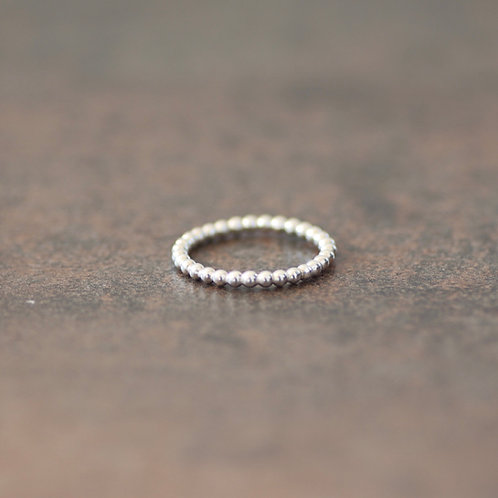 CLASSIC PEARL WIRE RING