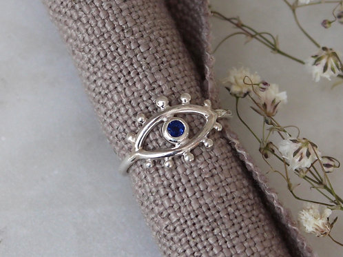 SPARKLY BLUE SAPPHIRE EVIL EYE RING - SIZE 7