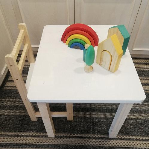 Mesa melamina 50x60 mas 2 sillas