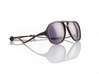 Monday Product Review: Ombraz Sunglasses