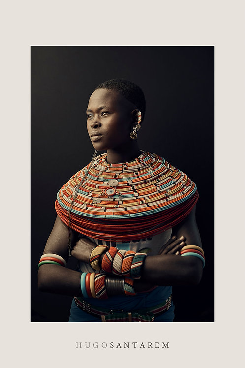 Poster. Mulher da tribo Samburu. Kenya.  Parte da série Interior.