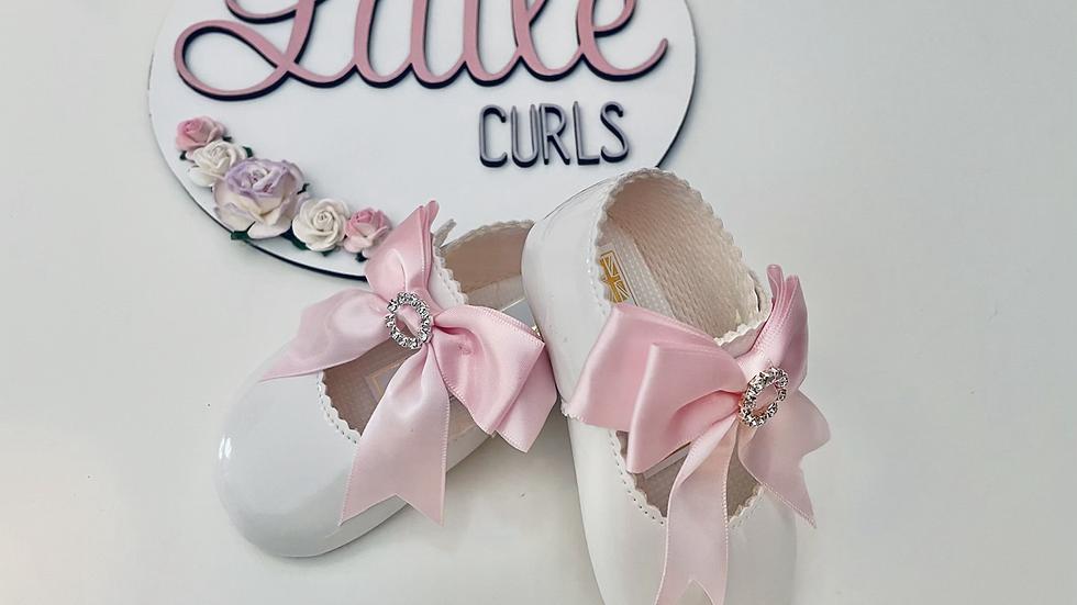 Pink & white baypods