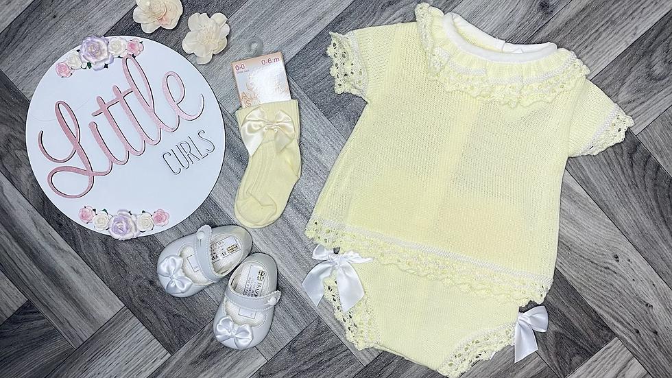 Lemon knitted bundle