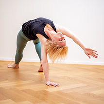 English-speaking Yoga Teacher Zurich, Switzerland