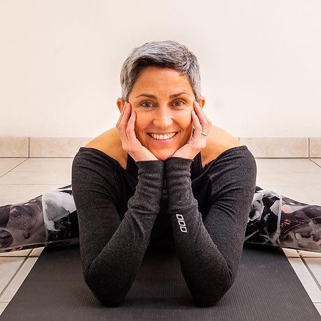 English-speaking Yoga Teacher Geneva, Switzerland