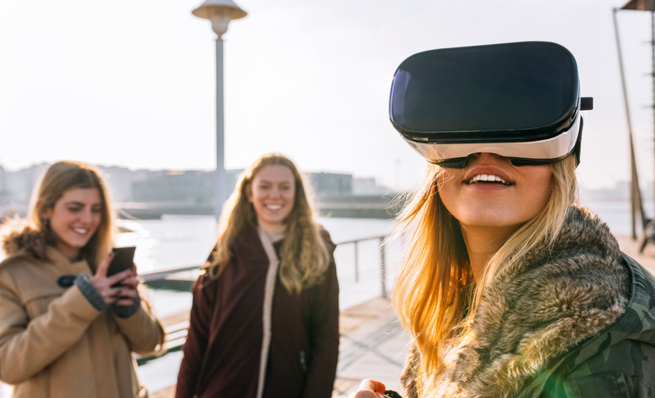 VR Hypnosis-A new direction for HDH?