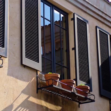 Tuscanny Windowsill