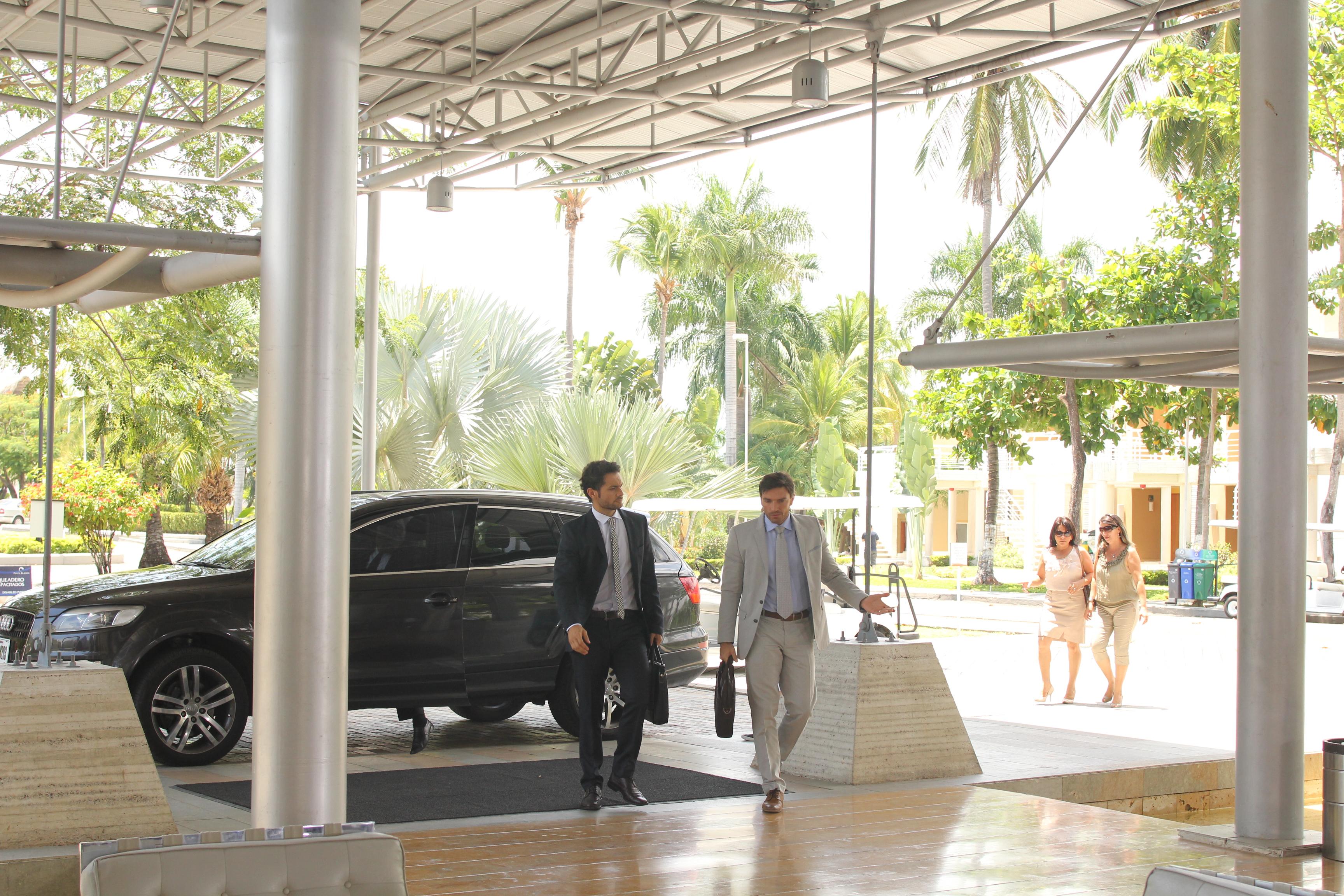 Recepción Hotel Locación intervenida