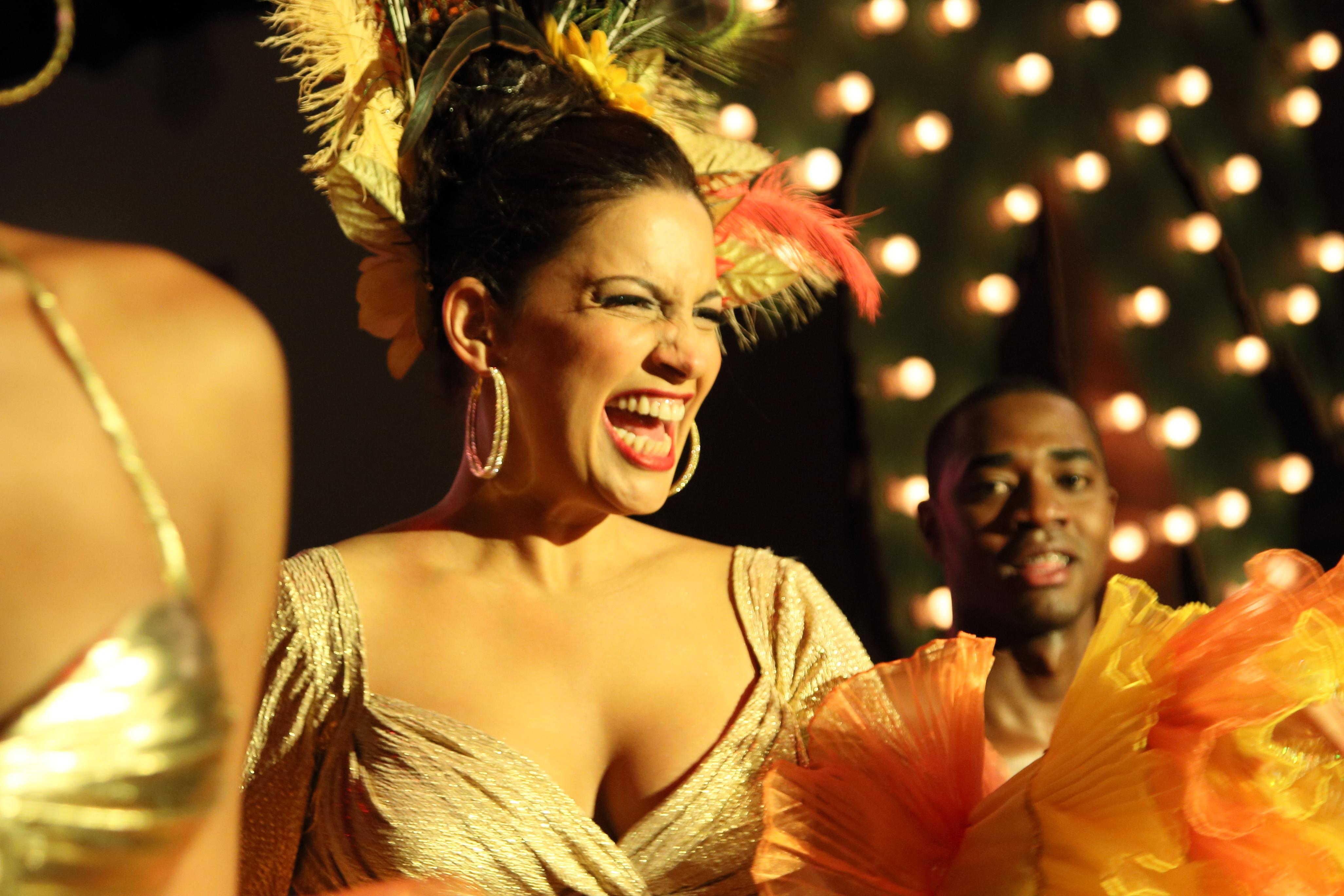 Caribbean Paradise-Rosita-set estudio RTI