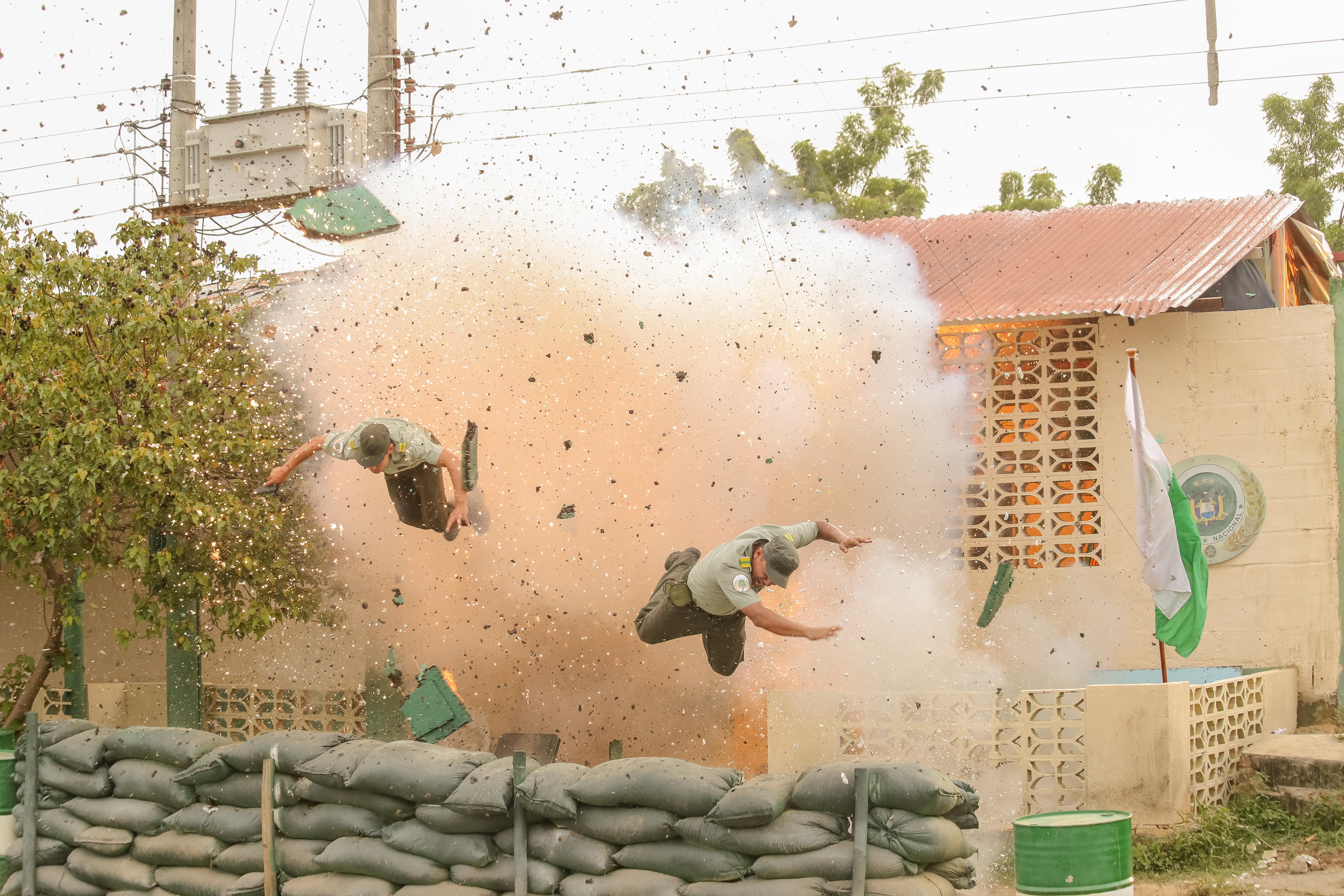 Ataque guerrillero estación Policia