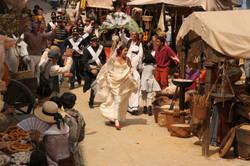 Esmeralda huye de su boda