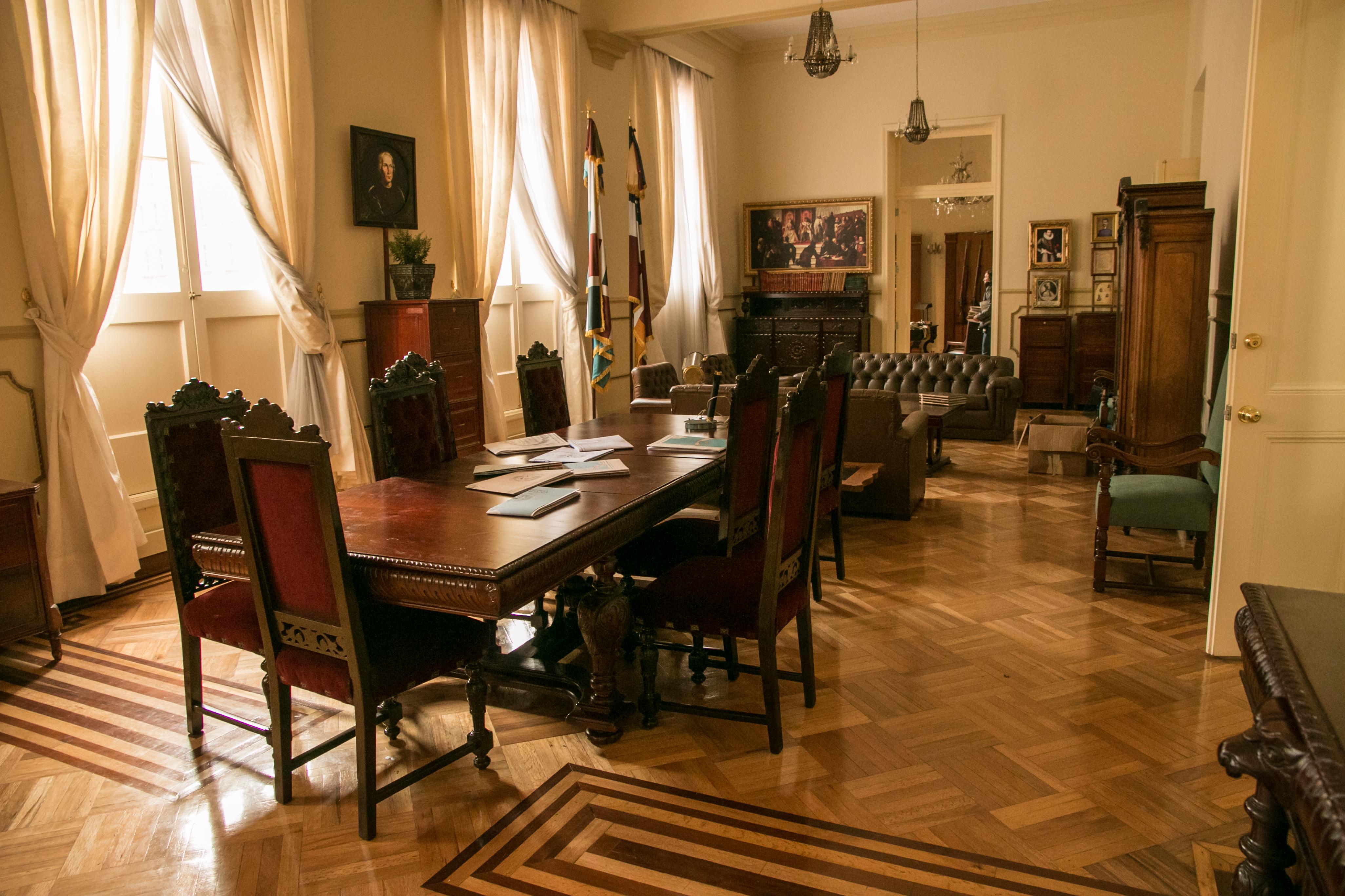Sala de juntas en palacio de gobierno