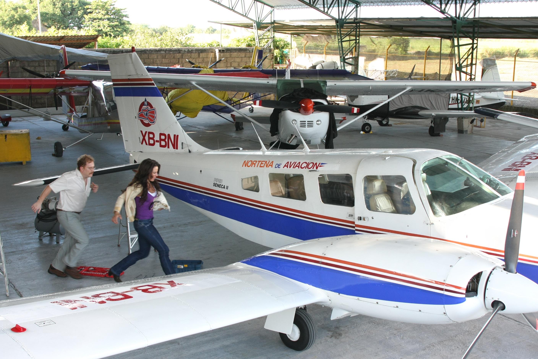 Roban avioneta en Culiacán-Flandes