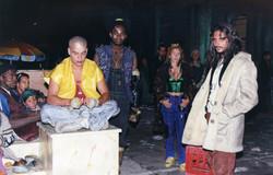 Apache líder de la Zona y su gente