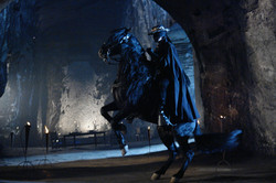 El Zorro y Tornado en la cueva