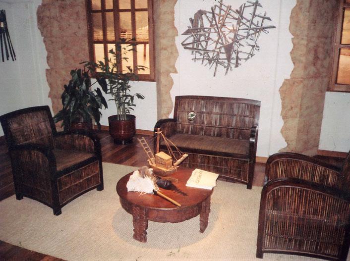 Sala auxiliar hacienda toros-estudio